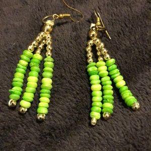 Jewelry - Beautiful green and gold earrings